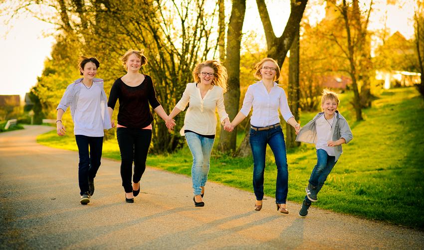 familie-sonne-familienfotos