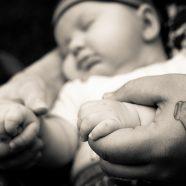 babyfoto baby arm hand händchen